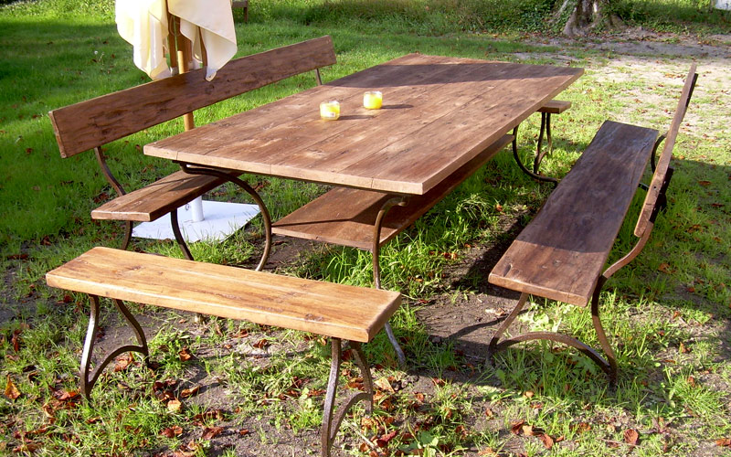 Table bois exterieur picnic 20170603192511 for Table exterieur 10 personnes